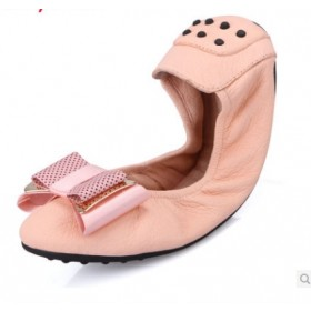 Futware 輕量釋壓羊皮手工口袋鞋